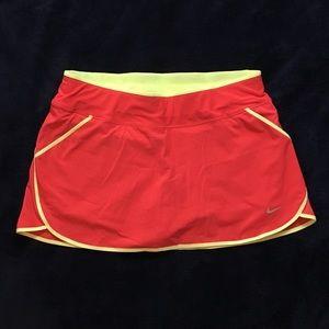 NWT Nike high waisted tennis skirt skort